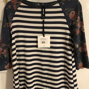 NEW Agnes & Dora Stripe Raglan Tee Small